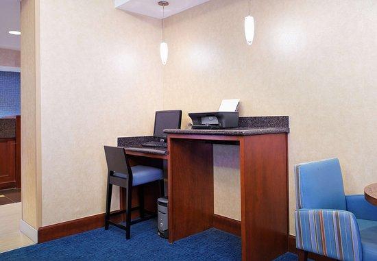 Residence Inn Knoxville Cedar Bluff: Business Center