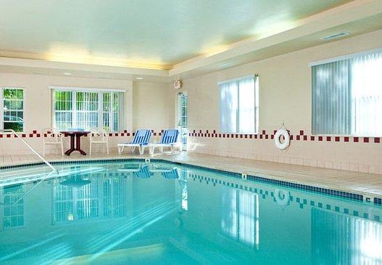 Residence Inn Portsmouth: Indoor Pool