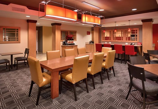 TownePlace Suites Sierra Vista: Breakfast Dining Area
