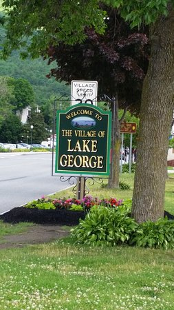 Lake George RV Park: Must go to nearby Village of Lake George