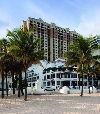 Marriott's BeachPlace Towers: Exterior