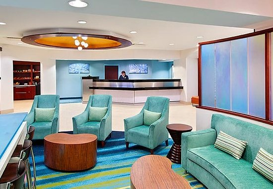 SpringHill Suites Asheville: Lobby