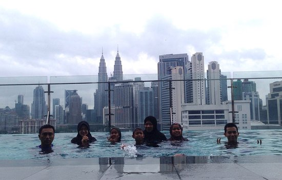 Got infinity swimming pool with surrounding kuala lumpur - Best hotel swimming pool in kuala lumpur ...