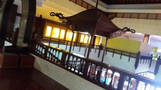 Kuala Terengganu, Malesia: Main building interior.