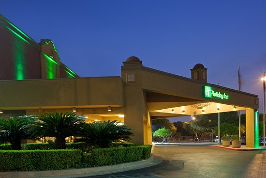 Holiday Inn San Antonio Downtown: Hotel Exterior