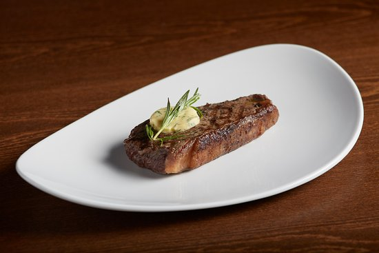 Marinas Grill: Steak