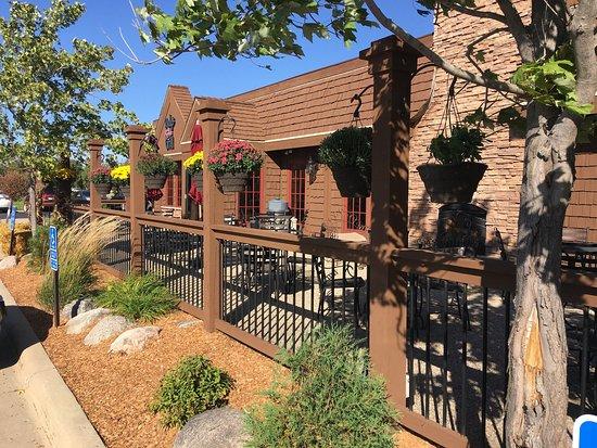Alexandria, Миннесота: Rudy's Redeye Grill patio