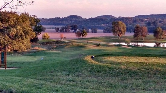 Clarksville, MO: Looking along hole 5 at lake on hole 3