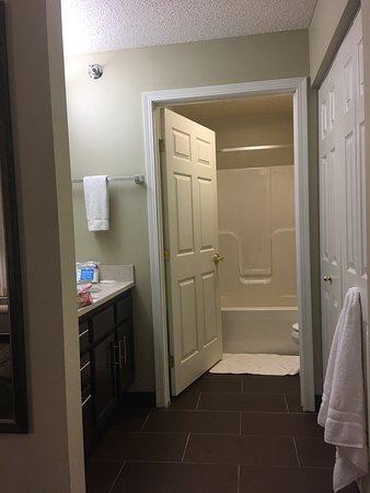 Staybridge Suites Fargo: photo2.jpg