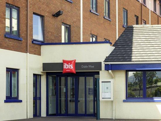 Ibis Dublin: Exterior