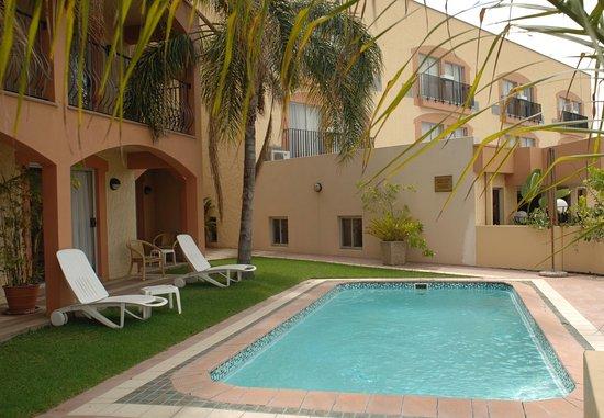 Protea Hotel by Marriott Windhoek Furstenhof: Outdoor Pool