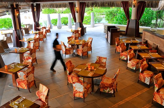 InterContinental Bora Bora Resort & Thalasso Spa: The Sands Restaurant
