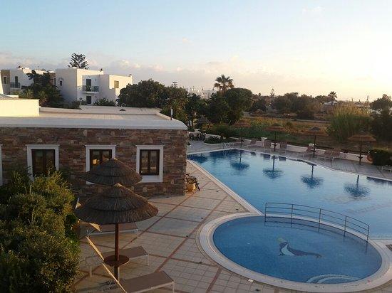 Naxos Resort Beach Hotel: 20161024_175801_large.jpg