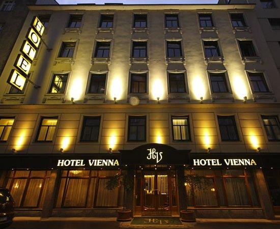 Hotel Vienna: Exterior