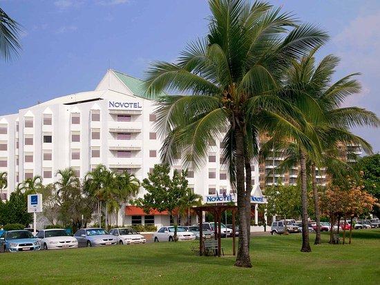 โรงแรมโนโวเทลเอเทรี่ยมดาร์วิน