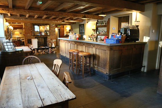 Edington, UK: The Bar.