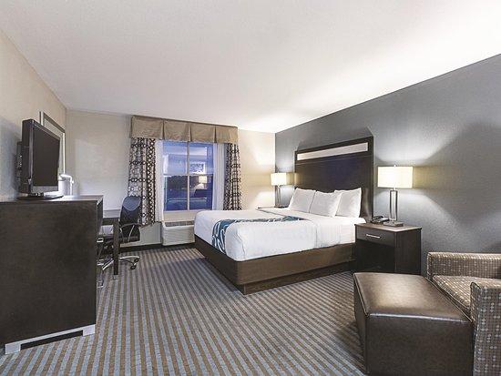 La Quinta Inn & Suites Glendive Photo
