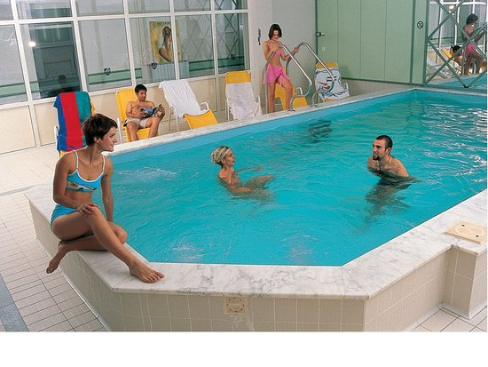 Hotel Jelovica Bled: Indoor swimming pool
