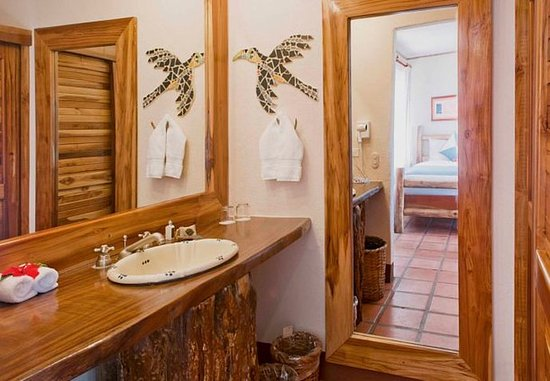 Hotel Punta Islita, Autograph Collection: Standard Guest Room Bathroom