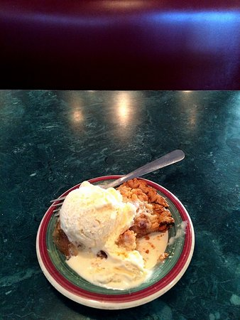 Denison, IA: Apple Pie and ice cream!
