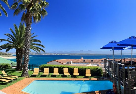 Protea Hotel by Marriott Mossel Bay: Outdoor Pool