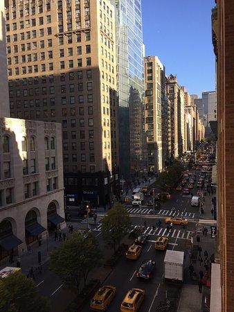 Hotel Giraffe by Library Hotel Collection: Vista dalla sala colazione e dal balconcino della suite