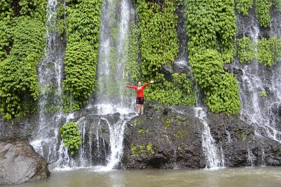 Mindanao, Philippines: Icy cold shower!