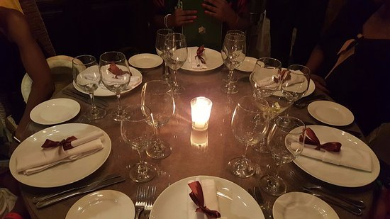 Beautiful table setting - Picture of Lotus Privilege Moroccan ...