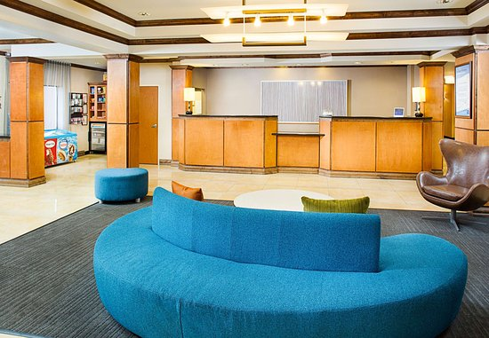 Fairfield Inn & Suites San Antonio SeaWorldR/Westover Hills: Lobby