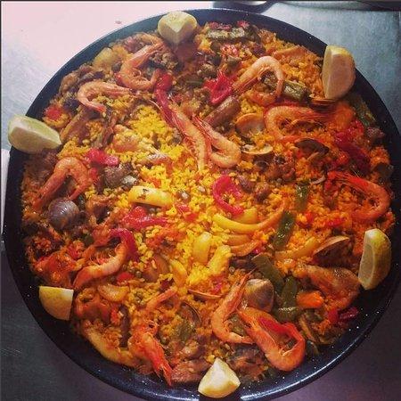 Duruelo, Espagne : Paellas por encargo (También puedes pedirlas para llevar)