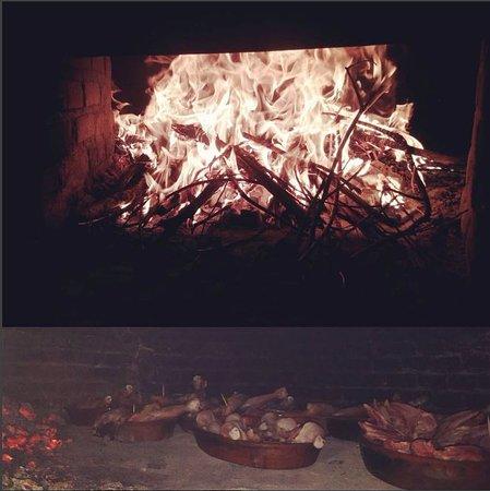 Duruelo, Espagne : Asados en horno de leña
