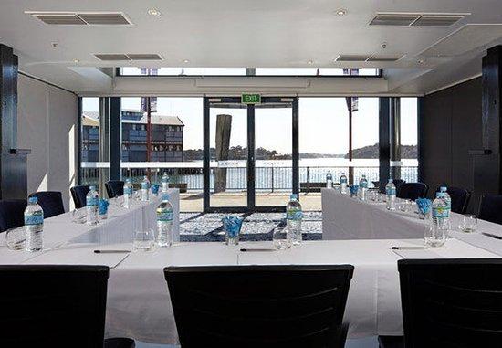 Pier One Sydney Harbour, Autograph Collection: Meeting Room – U-Shape Setup