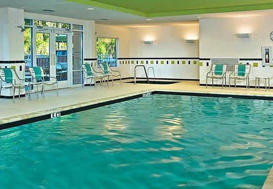 Fairfield Inn & Suites Lake City: Indoor Pool & Spa