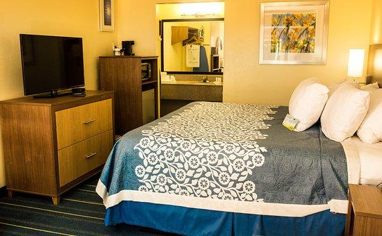 days inn newark wilmington updated 2018 prices hotel. Black Bedroom Furniture Sets. Home Design Ideas