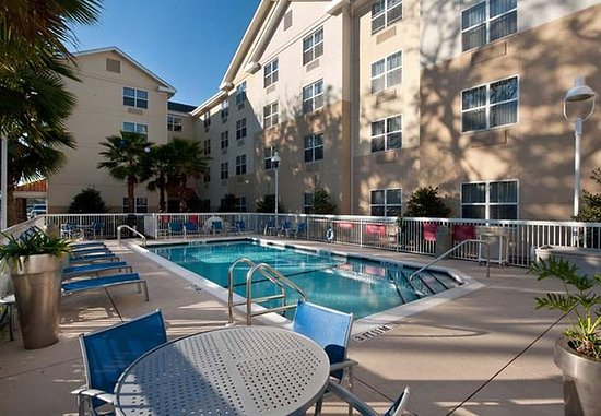 TownePlace Suites Pensacola: Outdoor Pool