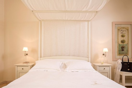 Vencia Hotel: Junior Suite garden/hotel view