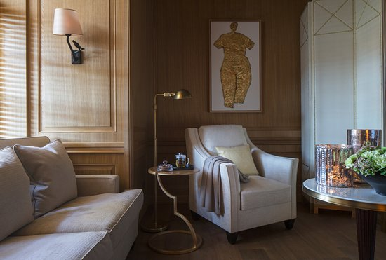 Four Seasons Hotel Prague: AVA Spa - relaxation area