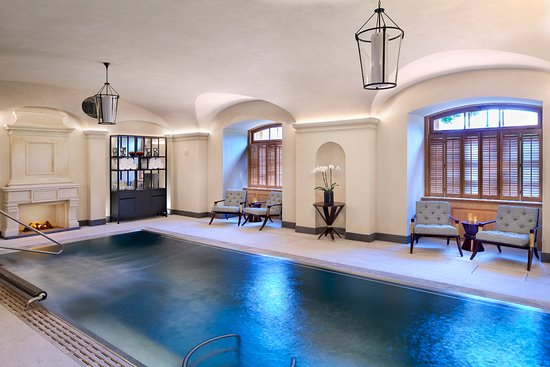 Four Seasons Hotel Prague: AVA Spa  - Vitality pool