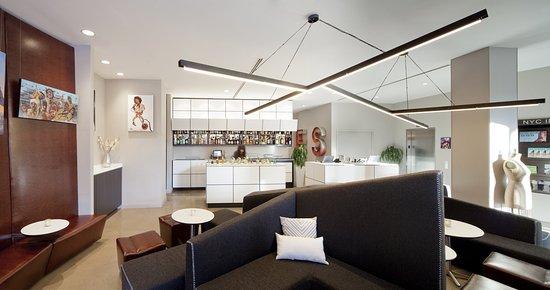 NU Hotel : Lounge
