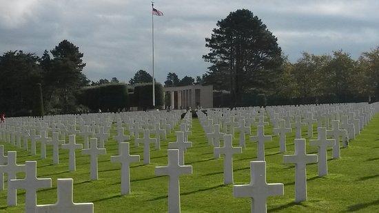 Normandy American Cemetery & Memorial (Amerikanischer Soldatenfriedhof): 20161102_120828_large.jpg