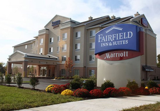 Fairfield Inn & Suites Strasburg Shenandoah Valley: Exterior