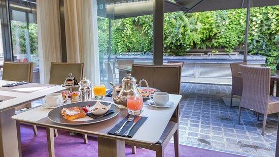 InterContinental Paris-Avenue Marceau: Breakfast Area