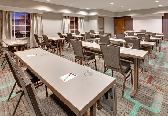Residence Inn Midland: Meeting Room
