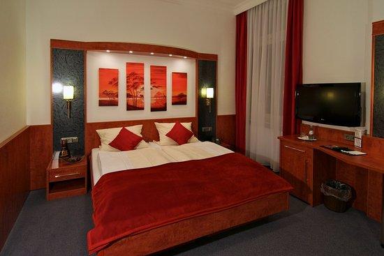 Hotel West an der Bockenheimer Warte: double room standard