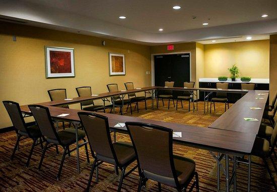 Courtyard Greensboro Airport: Meeting Room