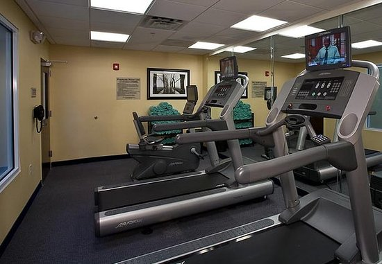 SpringHill Suites New Bern: Fitness Center