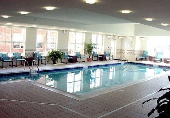 Residence Inn Waynesboro: Indoor Pool