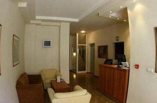 Dunav Apartment House: Reception