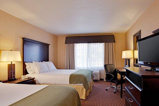 Lebec, Californië: Master Suite 2 Queen beds
