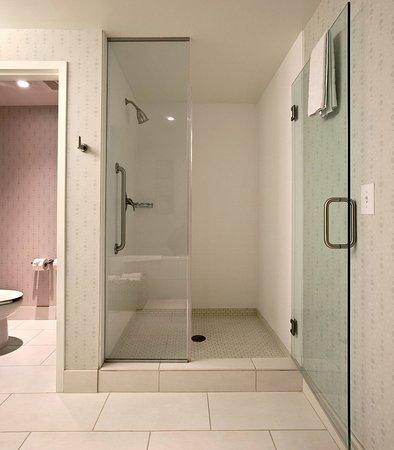 Atenas, GA: Presidential Suite Bathroom